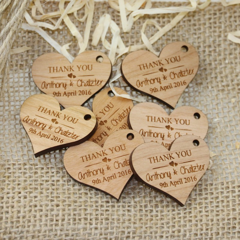 Laser Engraved Wooden Wedding Gift Tag Heart Design with Raffia Cheap