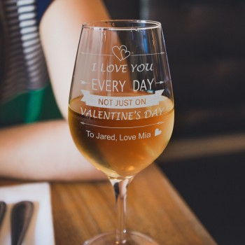 Engraved 350ml Valentines Day Wine Glasses